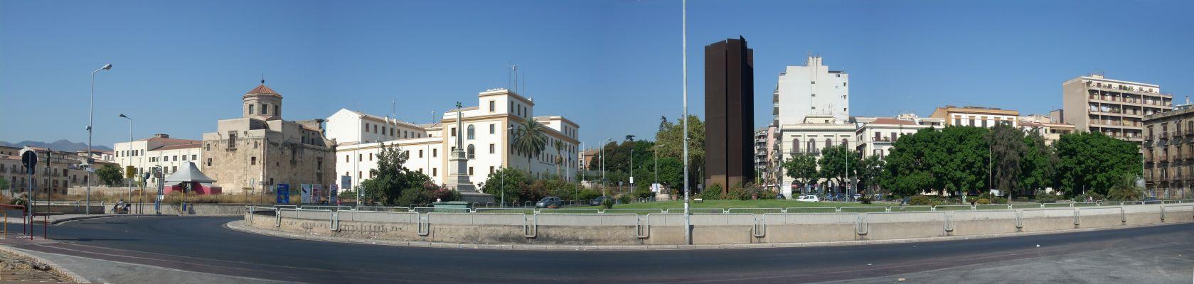 palermo castello a mare piazza xiii vittime monumento