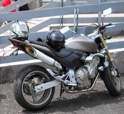 Honda Hornet.. sbaw.