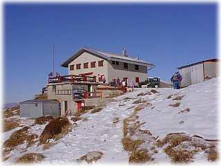Scheda rifugio lecco for Piani mensili in montagna